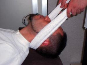 頚椎症(頸椎症)治療のご案内です